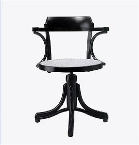 Stunning thonet poltroncina girevole alzabile michael for Imitazioni sedie design