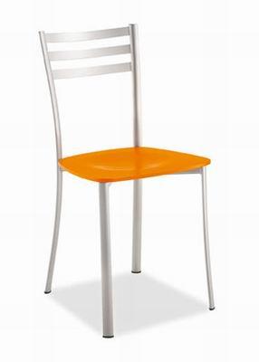 Sedie per la casa sedie da cucina vendita e produzione for Vendita sedie da cucina