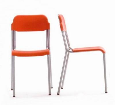 Sedie per la casa sedie da cucina vendita e produzione for Vendita sedie cucina on line